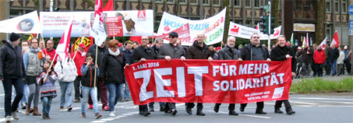 Demonstration zum internationalen Tag der Arbeit in Oberhausen, 1. Mai 2016, Solidarität, Foto: Avanti O,