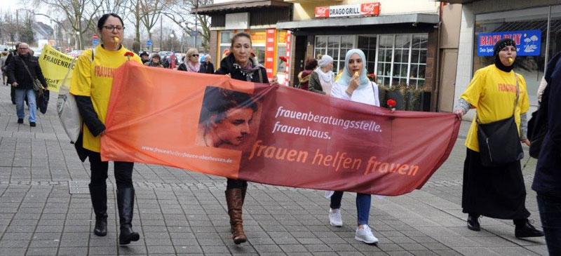 100 Jahre Frauenwahlrecht – und immer noch viel zu tun Demonstration zum Internationalen Kampftag der Frauen. Foto: ACW.