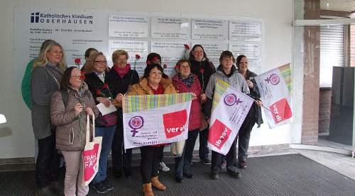 Aktion der ver.di-Frauen zum Internationalen Frauentag am St. Clemens-Hospital, 8. März 2020, Oberhausen-Sterkrade. Foto: R. Hoffmann